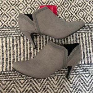 NWT women's size 12 booties